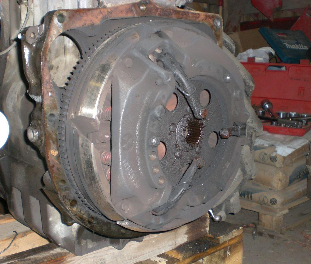 MF390 clutch repair